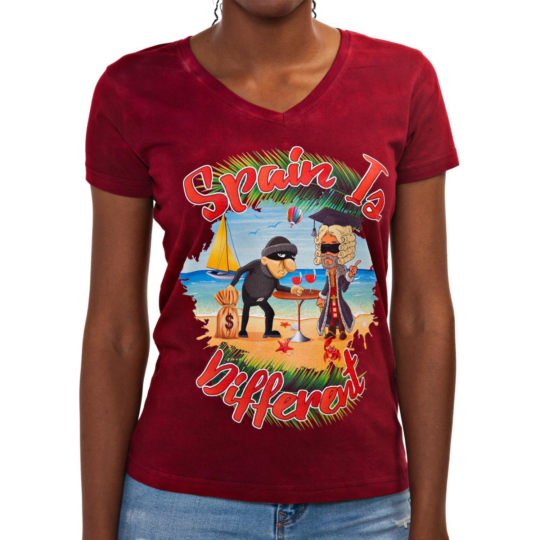 Camiseta Spain is different de mujer con un dibujo exclusivo de un ladrón robando a una justicia ciega. Encuentra en Blaicer camisetas de humor de mujer.