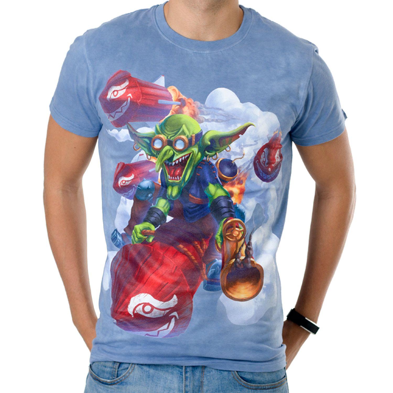 La Camiseta Goblin Rocket de hombre tiene un dibujo original de un duende verde surcando el cielo sobre un cohete rojo.